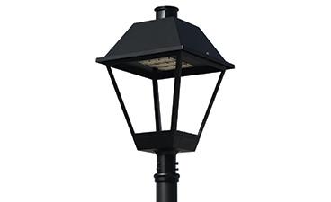 Coach Style Lantern - Post Top