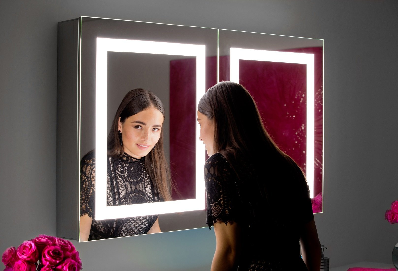 Dimmable Backlit mirror Harmony 36 x 36 x 2 in